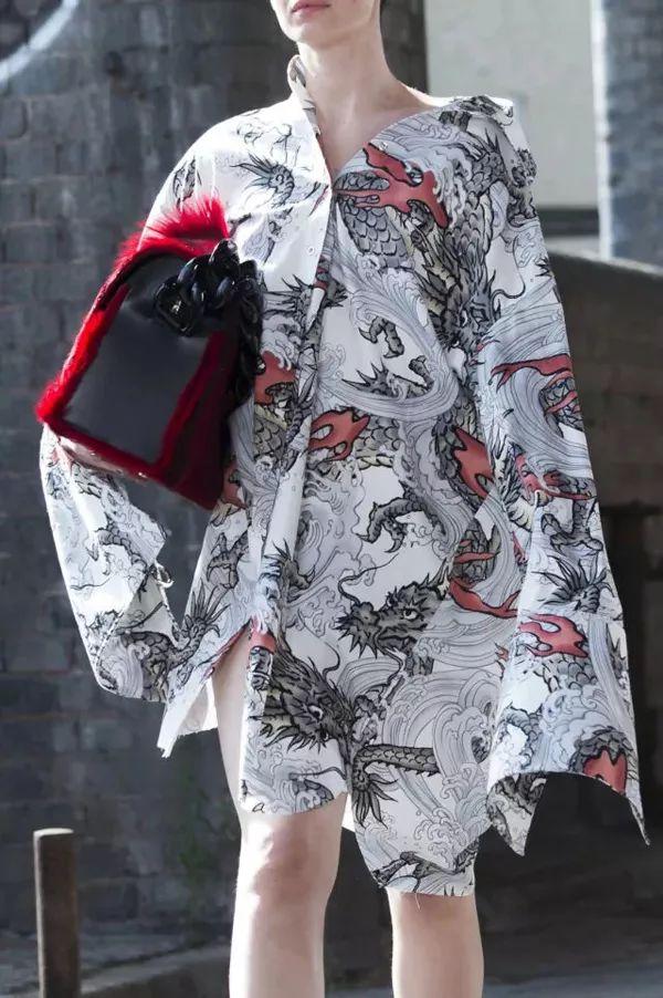2019春夏女装流行趋势—寻同自然浪漫主义 37